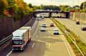 Klare Kante gegen Konservative: LKW-Fahrer vor Sozialdumping schützen